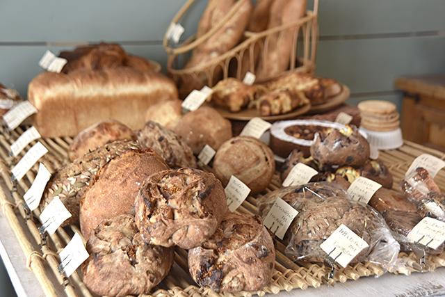ハード系のパンがいっぱい